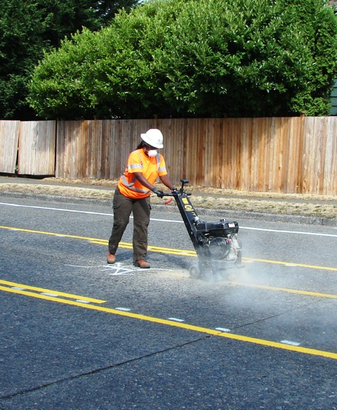 Grinding out center line on 75th at 25th
