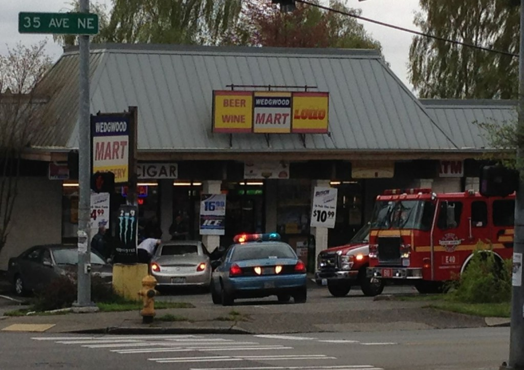 car_into_Wedgwood_Mart1